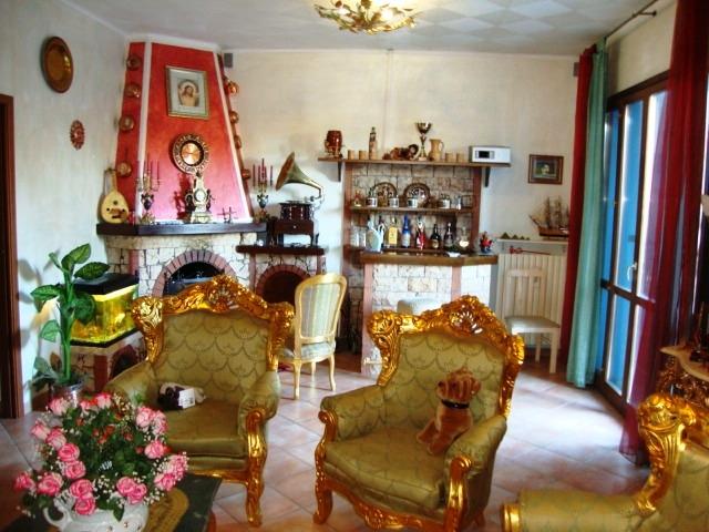 Villa Abbinata in vendita Reggio Emilia Zona Regina Pacis