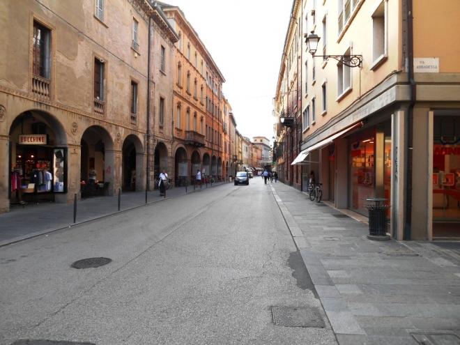 Negozio in vendita Reggio Emilia Zona Centro storico