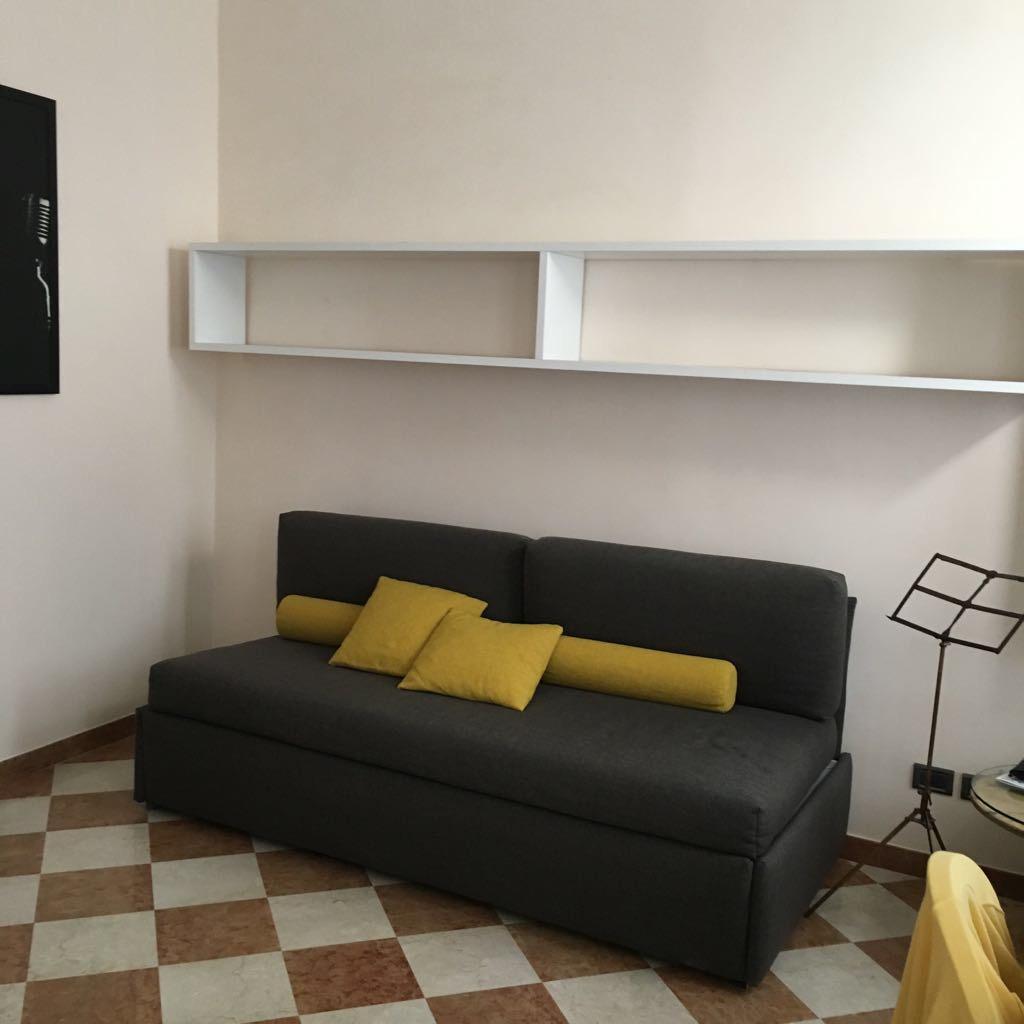 Appartamento in vendita a Reggio Emilia, 1 locali, zona Zona: Centro storico, prezzo € 95.000   Cambio Casa.it
