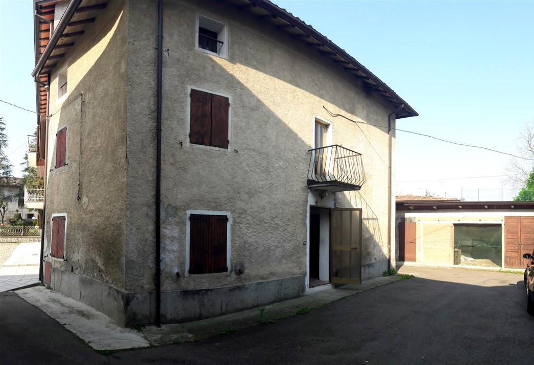 Foto 1 di Appartamento Albinea Borzano, Albinea