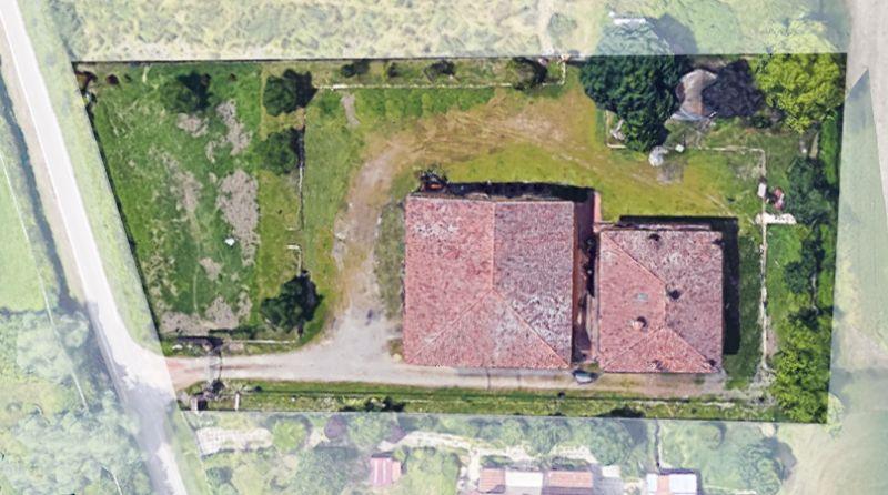 Podere (casa + Terreno) in vendita Modena Albareto