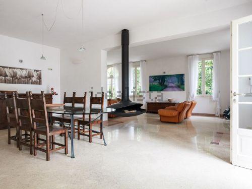 villa unifamiliare indipendente affitto zola predosa di metri quadrati 650 prezzo 2500 rif isc012