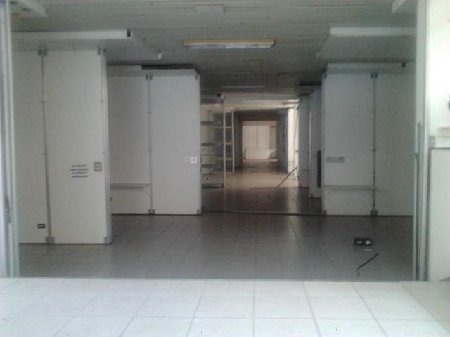 Negozio in affitto Bologna Zona Mazzini