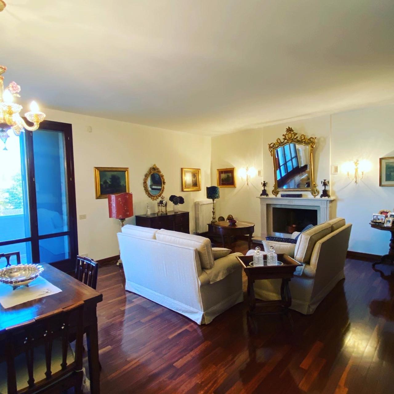 Villa Bifamiliare in vendita Reggio Emilia  -  Gardenia