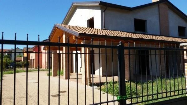 Foto 1 di Villa Collecchio Madregolo, Collecchio
