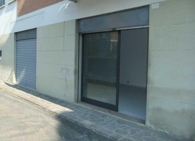 affitto negozio San Lazzaro