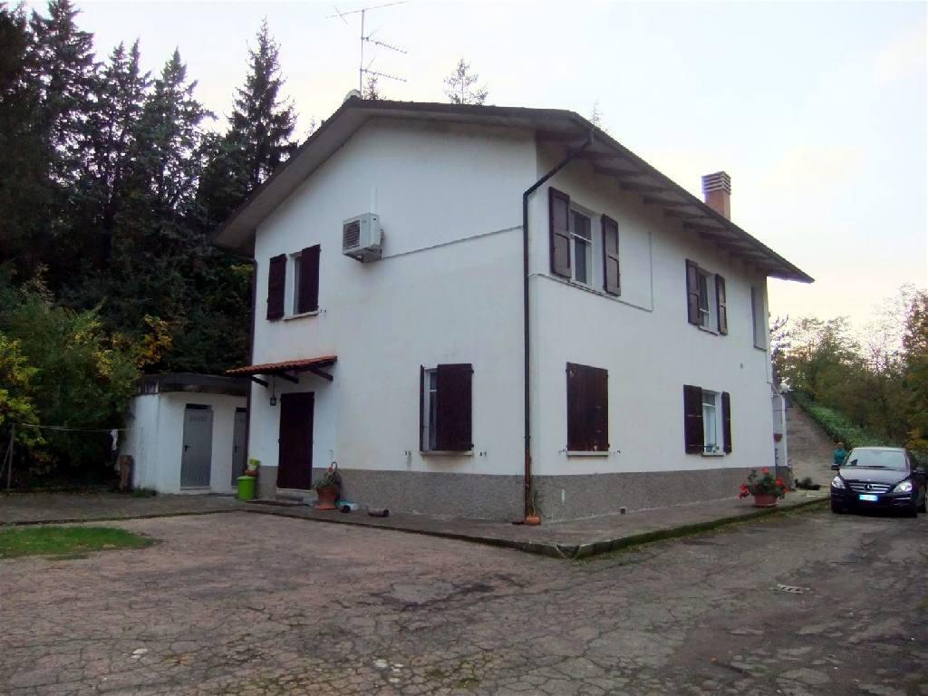 affitto trifamiliare porzione San Lazzaro