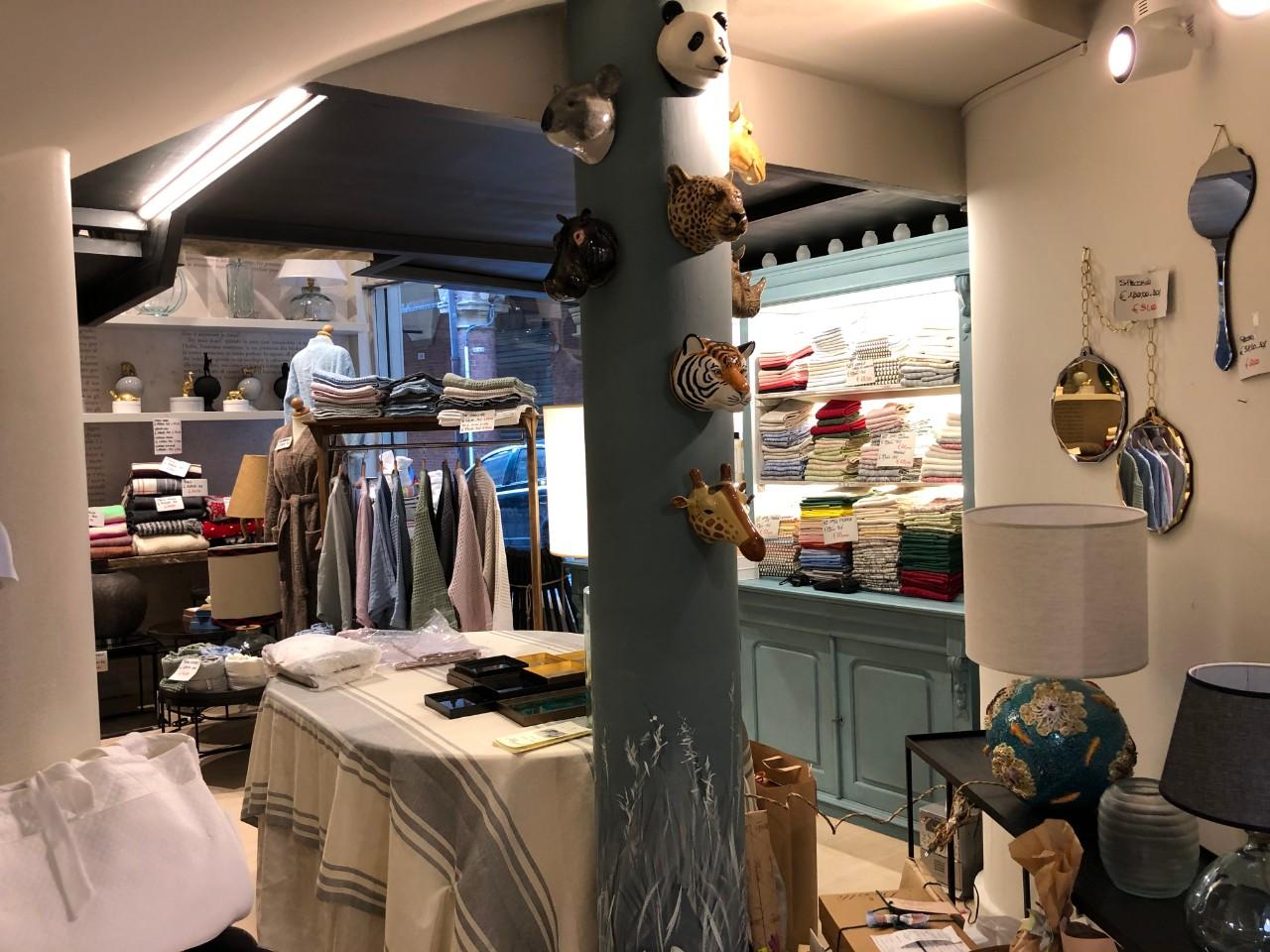 affitto negozio bolognaCentro Storico