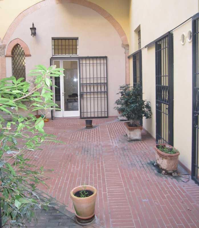 bologna vendita quart: centro storico riccardo naldi immobiliare
