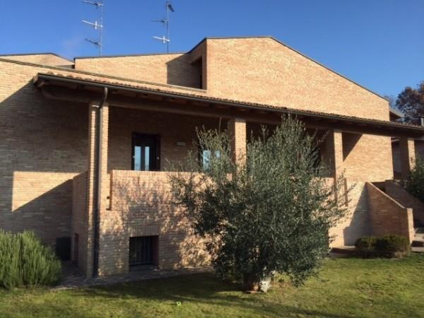 Villa Indip. in vendita Montechiarugolo