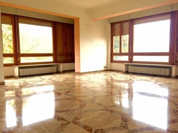 Appartamento in vendita Parma Zona Centro storico