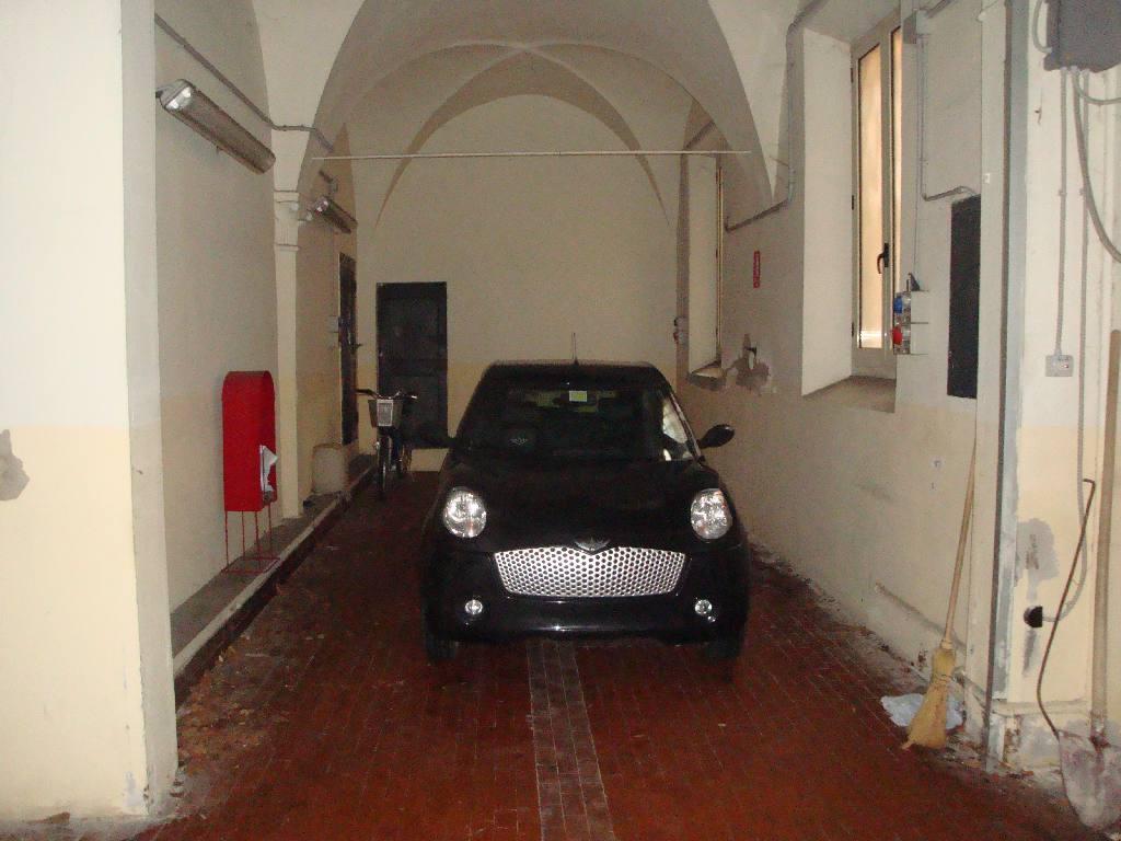 Box / Garage in affitto a Bologna, 9999 locali, zona Località: Tribunale, prezzo € 350 | Cambio Casa.it