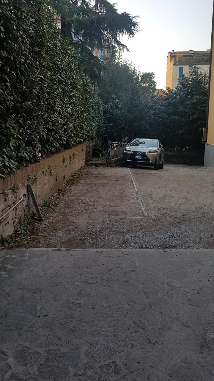affitto posto auto bolognaMazzini