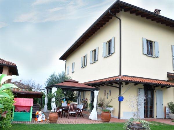 Villa Bifamiliare in Vendita a Ozzano dell'Emilia