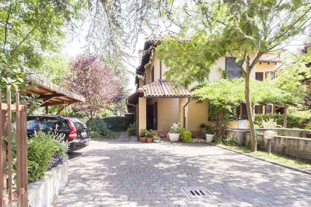 Villa a Schiera in Vendita a Sasso Marconi
