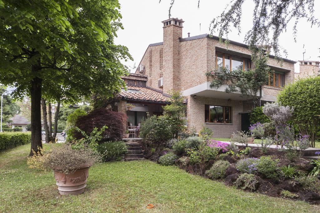 Villa Bifamiliare in vendita a Casalecchio di Reno, 5 locali, zona Località: Lido, prezzo € 880.000 | Cambio Casa.it