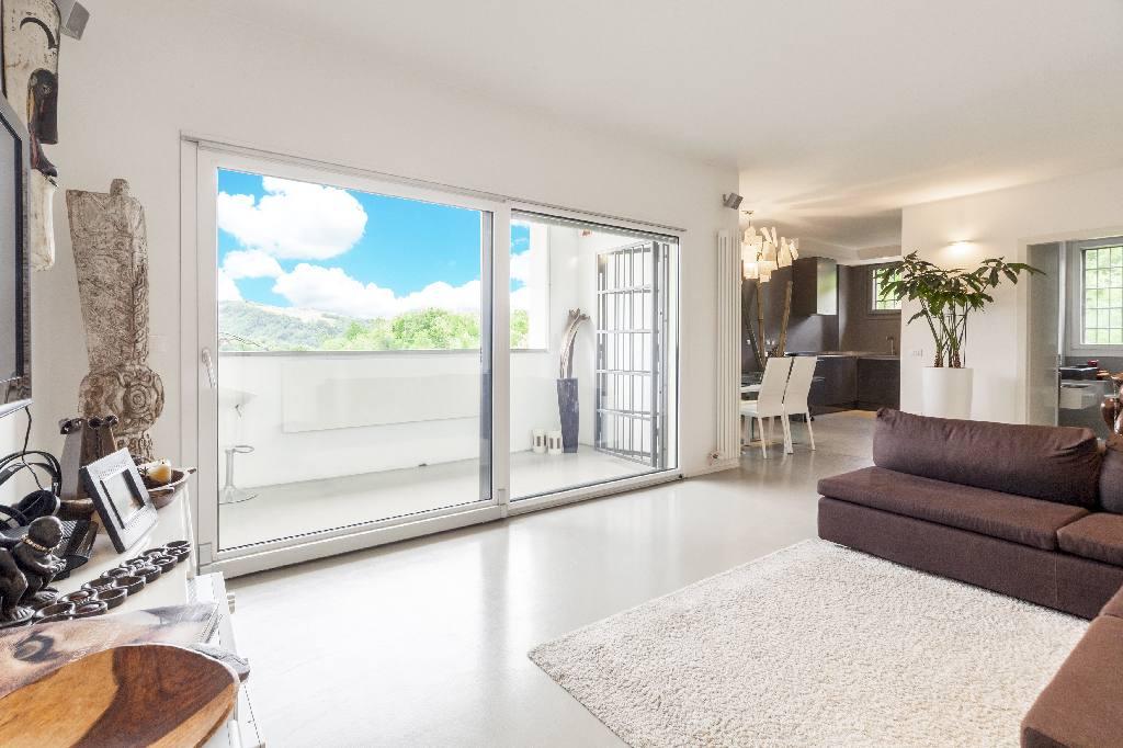 Appartamento in vendita a Sasso Marconi, 3 locali, zona Località: Sasso Marconi, prezzo € 290.000 | Cambio Casa.it