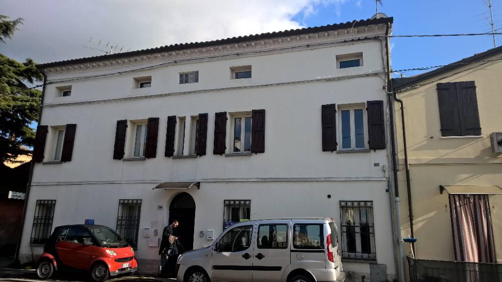Villa Bifamiliare in vendita a Bagnacavallo, 9999 locali, zona Località: Bagnacavallo, prezzo € 78.000 | Cambio Casa.it