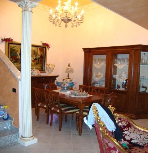 Villa Abbinata in vendita Reggio Emilia Zona Pieve Modolena