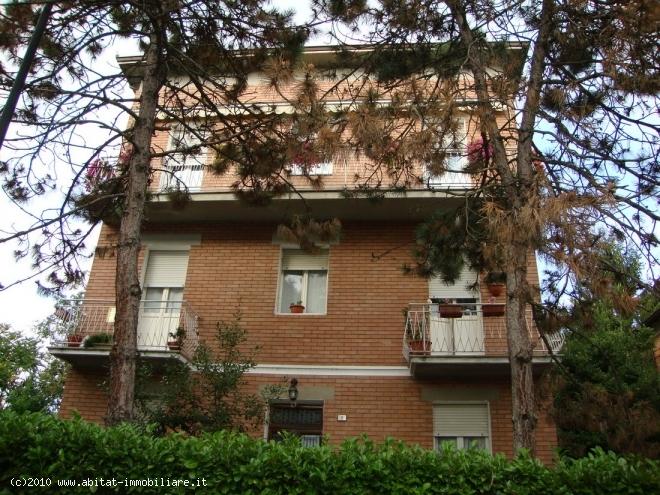 Villa Abbinata in vendita