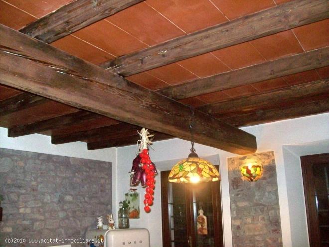 Villa Abbinata in vendita Vezzano sul Crostolo
