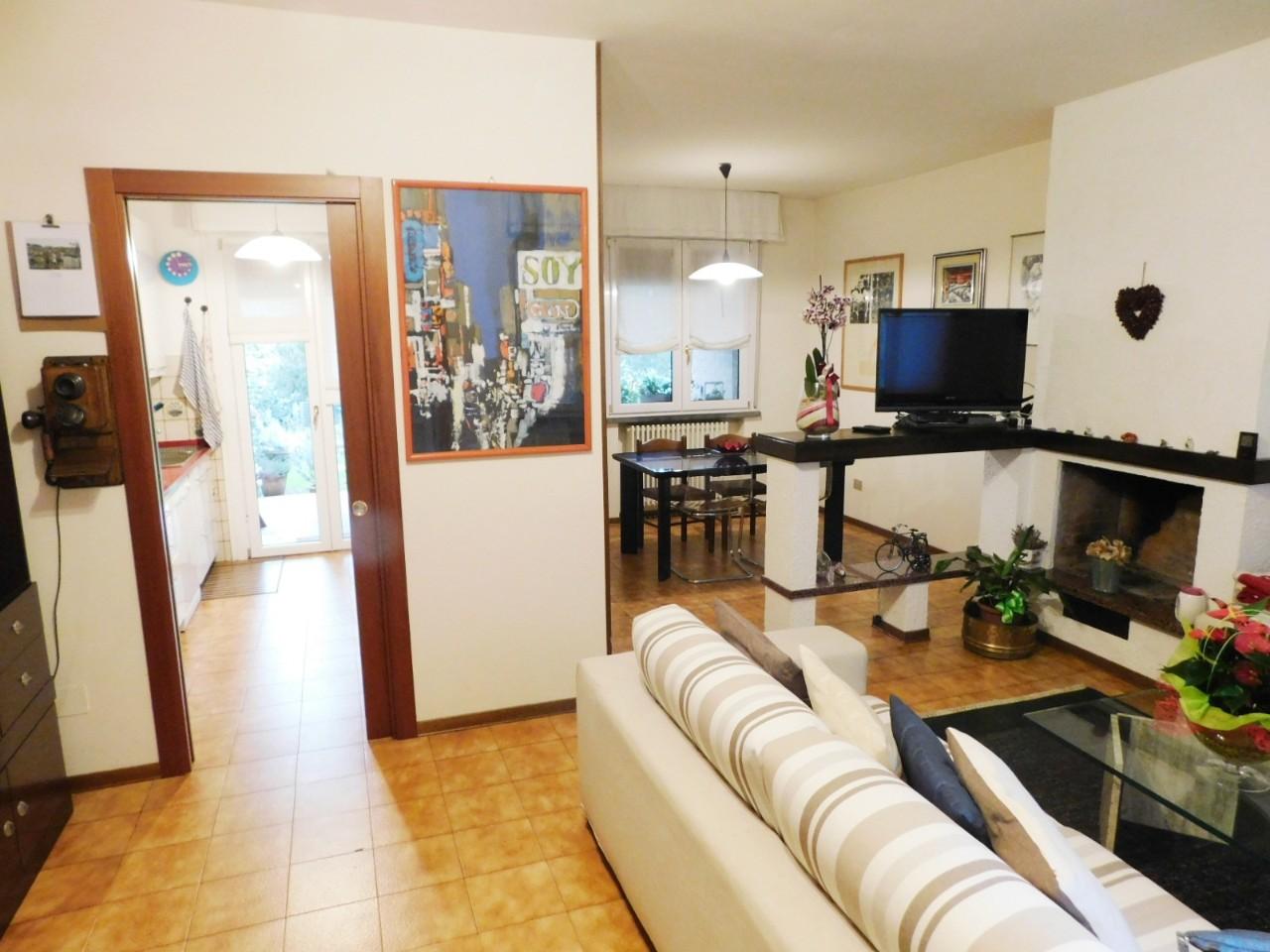 Villa Abbinata in vendita Reggio Emilia Zona Rivalta
