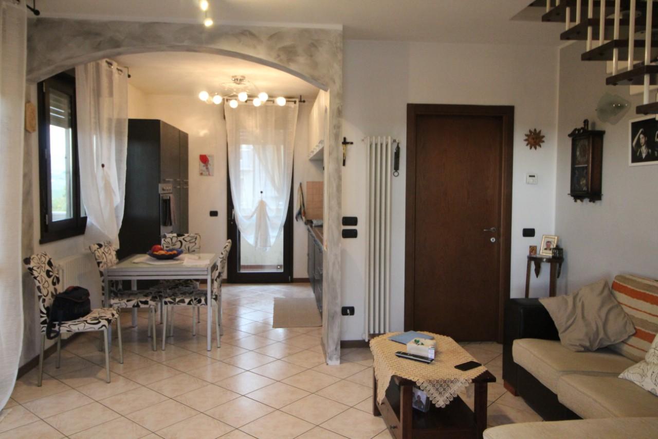 Appartamento in vendita Montescudo