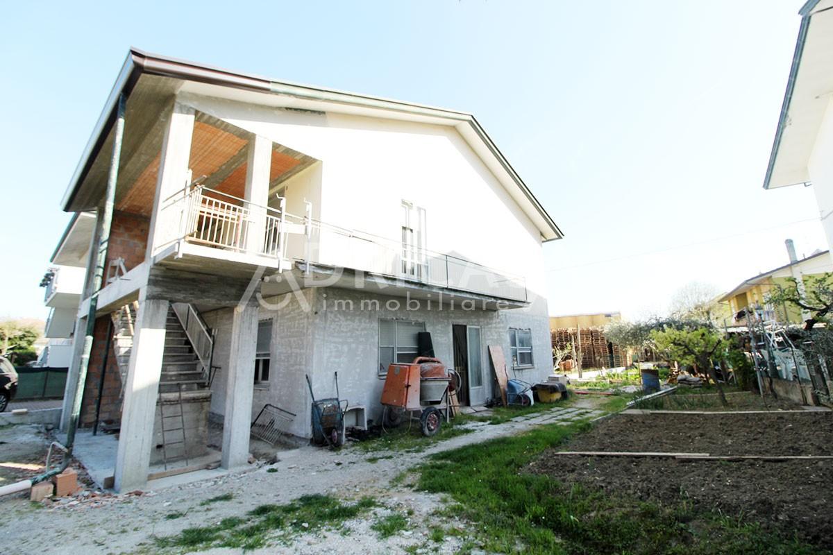 Villa Abbinata in vendita Gatteo