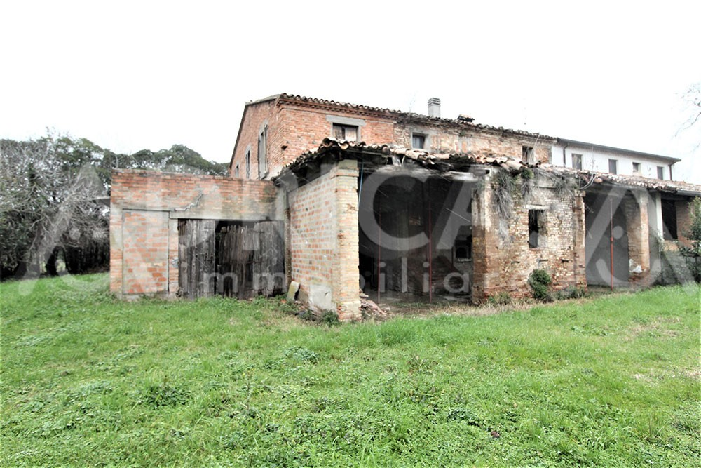 Casa Colonica in vendita Savignano sul Rubicone