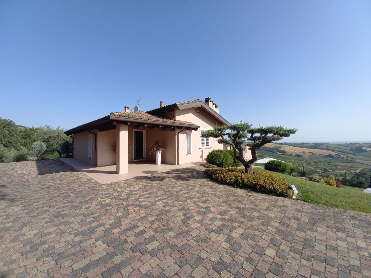 Villa Indip. in vendita Cesena