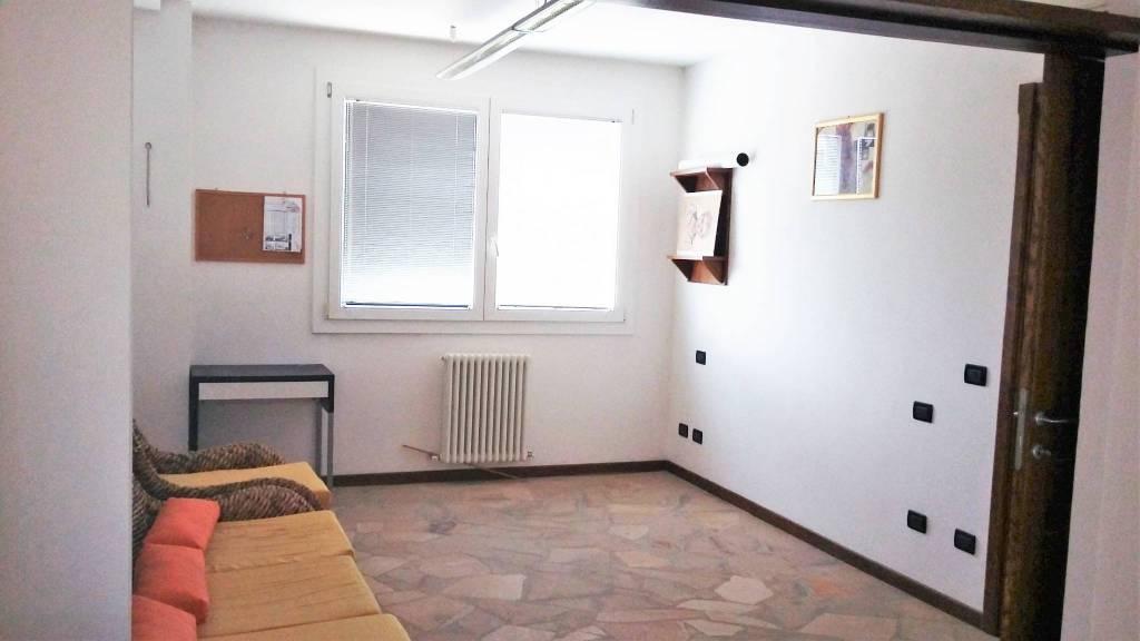 Ufficio in affitto Forli Zona Villanova