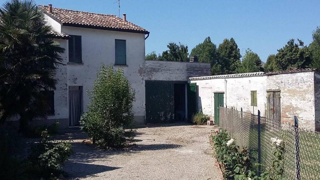 Rustico in vendita Ravenna Zona San Pietro in Vincoli