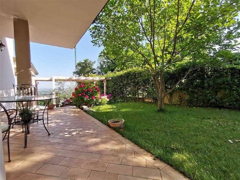 Villa Indipendente in vendita Montescudo