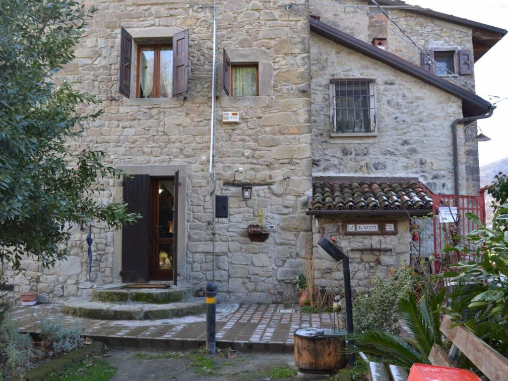 Podere (casa + Terreno) in vendita Grizzana Morandi