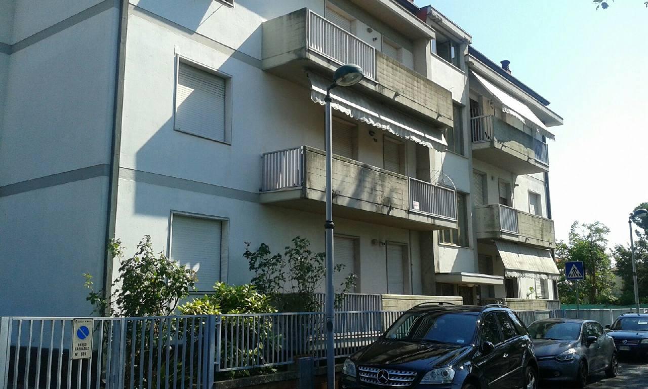 Appartamento in vendita Massa Carrara Zona Marina di Massa