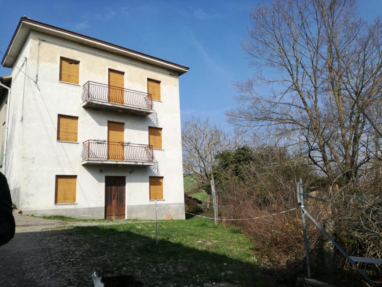 Casa Indip. in vendita Canossa
