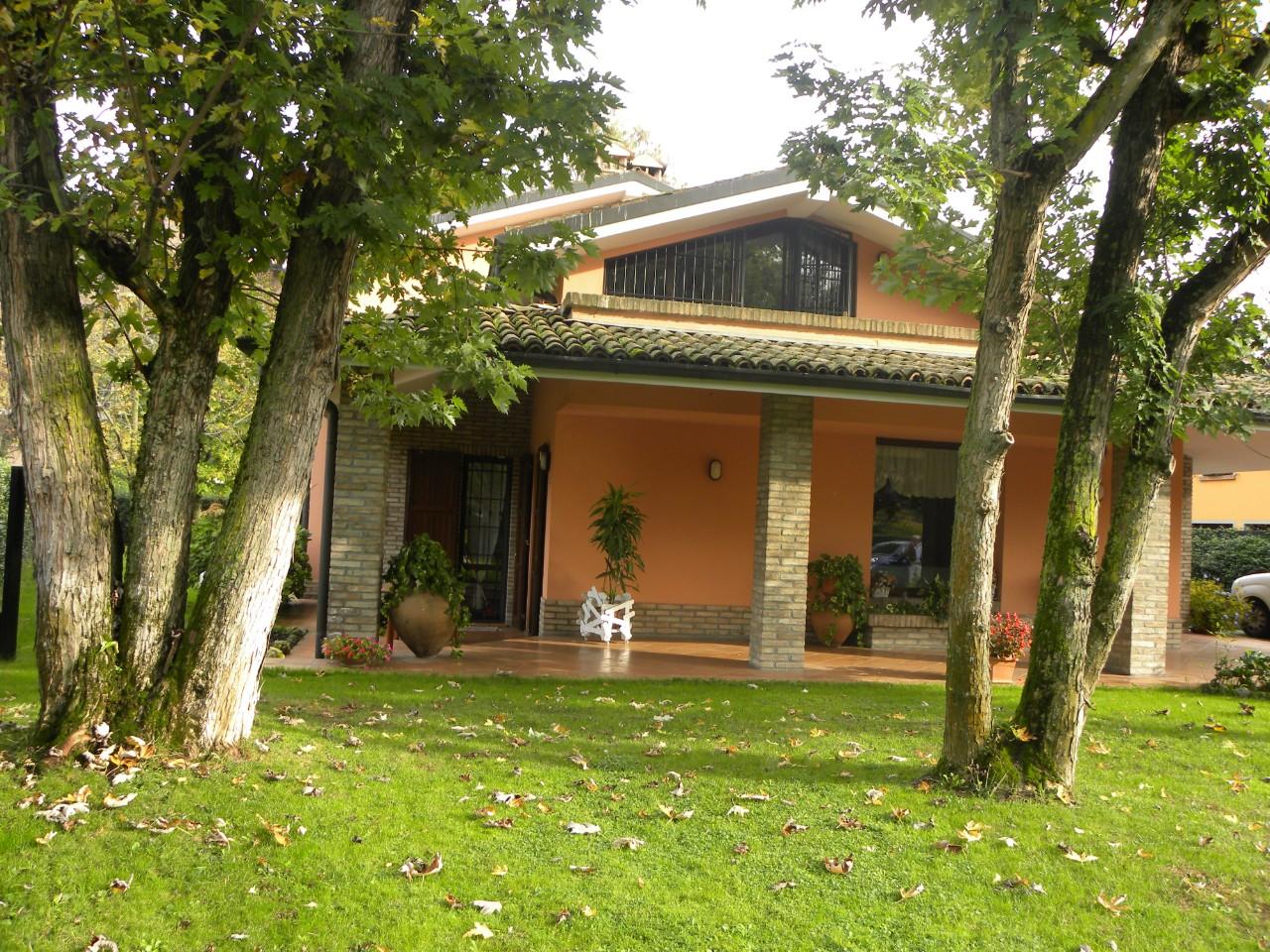 Villa Indipendente in vendita Reggio Emilia Zona Acque Chiare