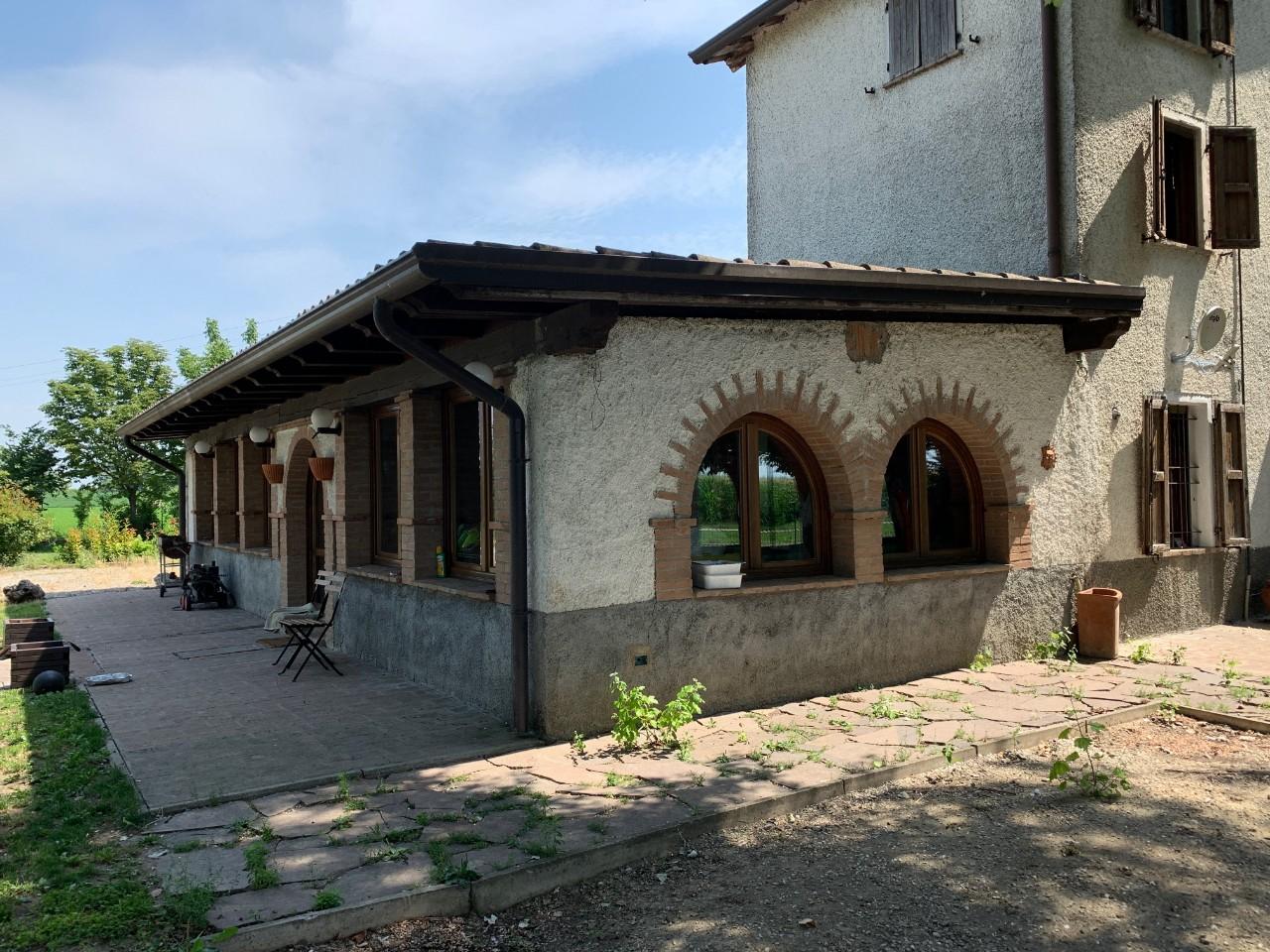 Casa Abbinata in vendita Cadelbosco di Sopra