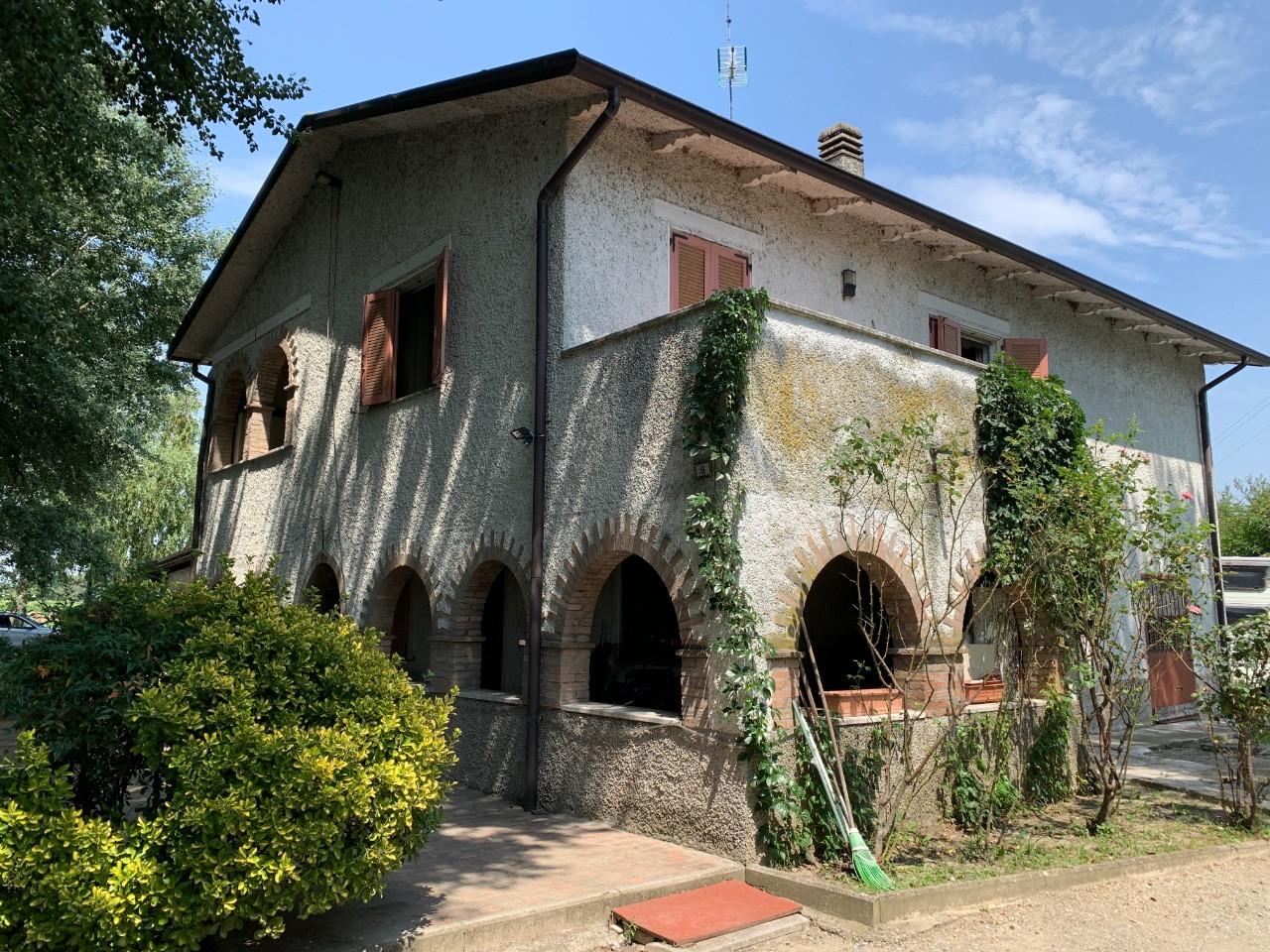 Villa Abbinata in vendita Cadelbosco di Sopra