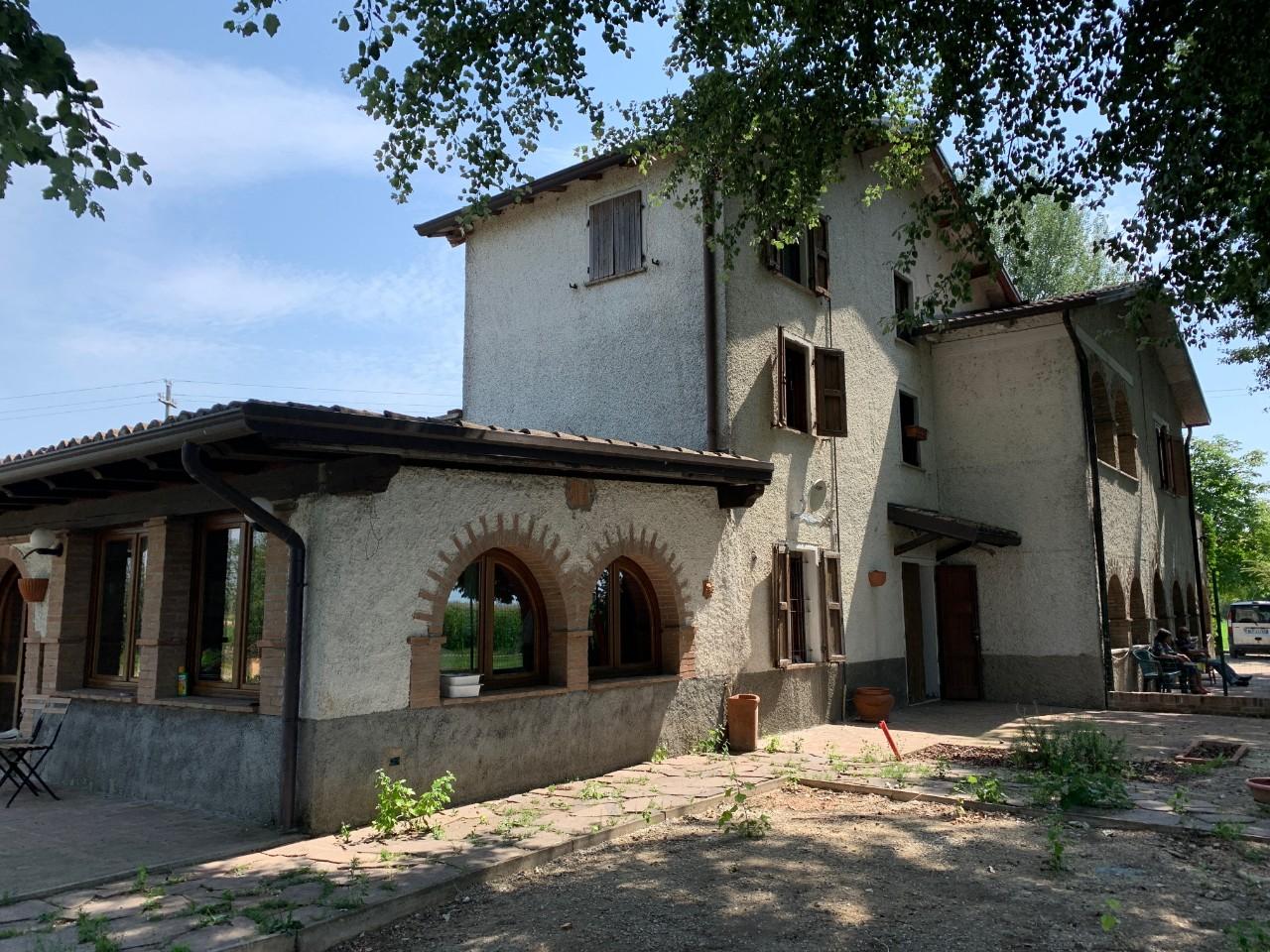 Villa Bifamiliare in vendita Cadelbosco di Sopra