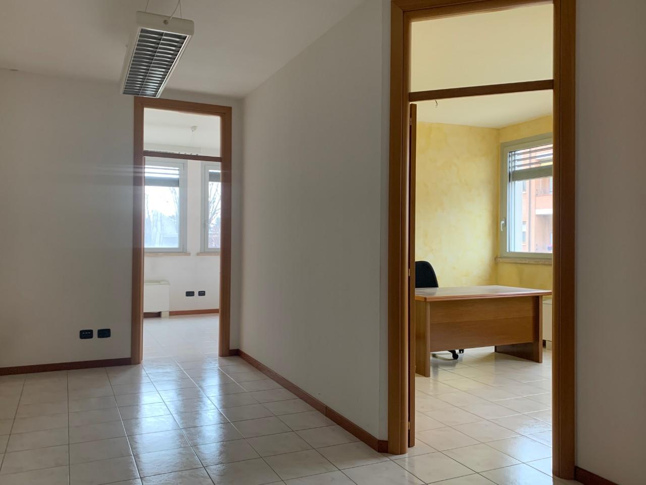 Ufficio in affitto Reggio Emilia Ex Dogana