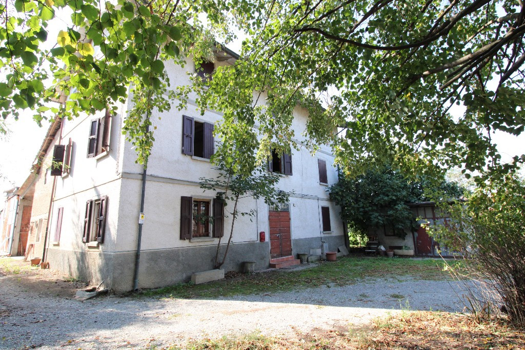 Casa Colonica in vendita Reggio Emilia San Rigo
