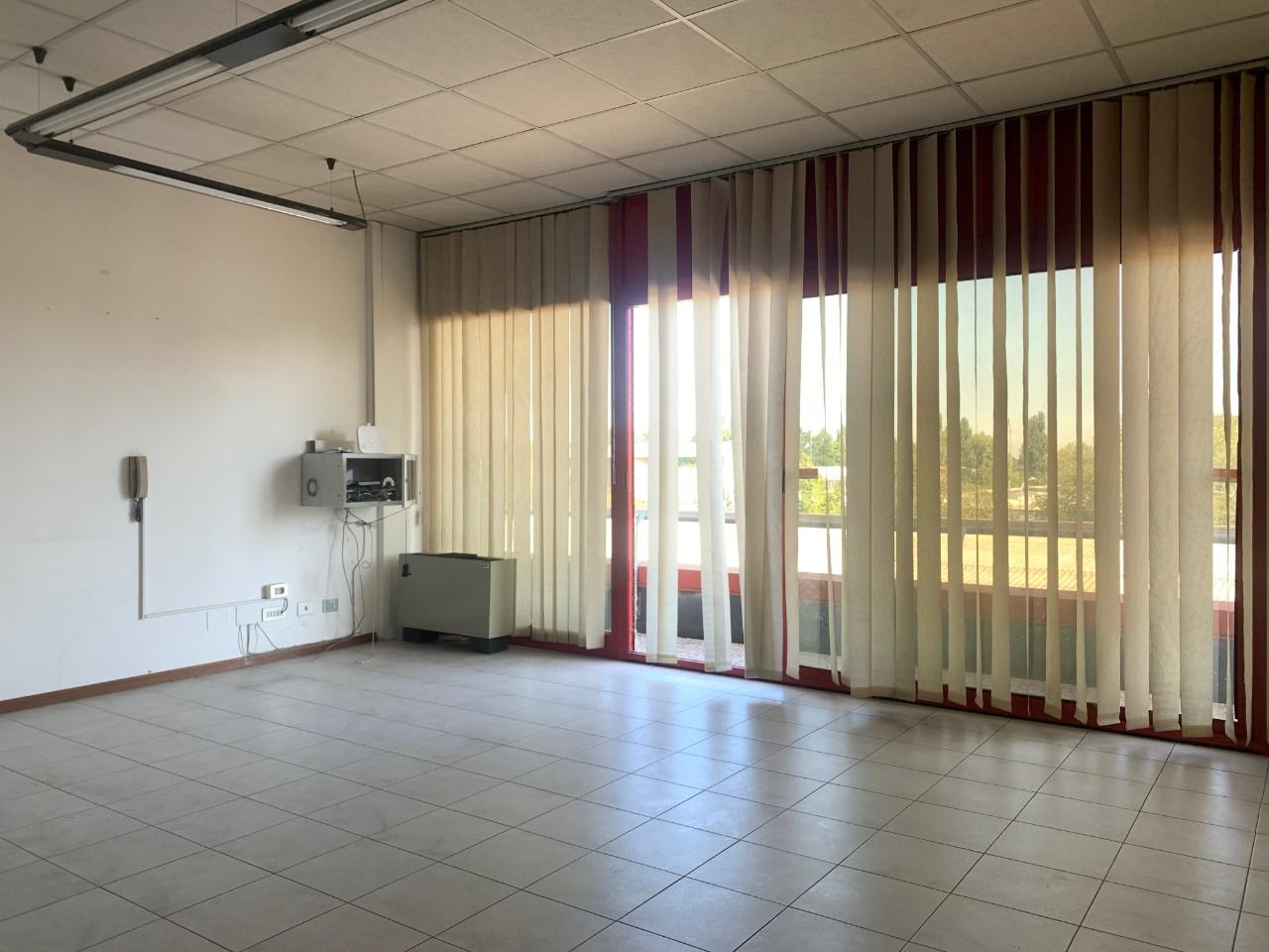 Ufficio in vendita Reggio Emilia Zona Santa Croce