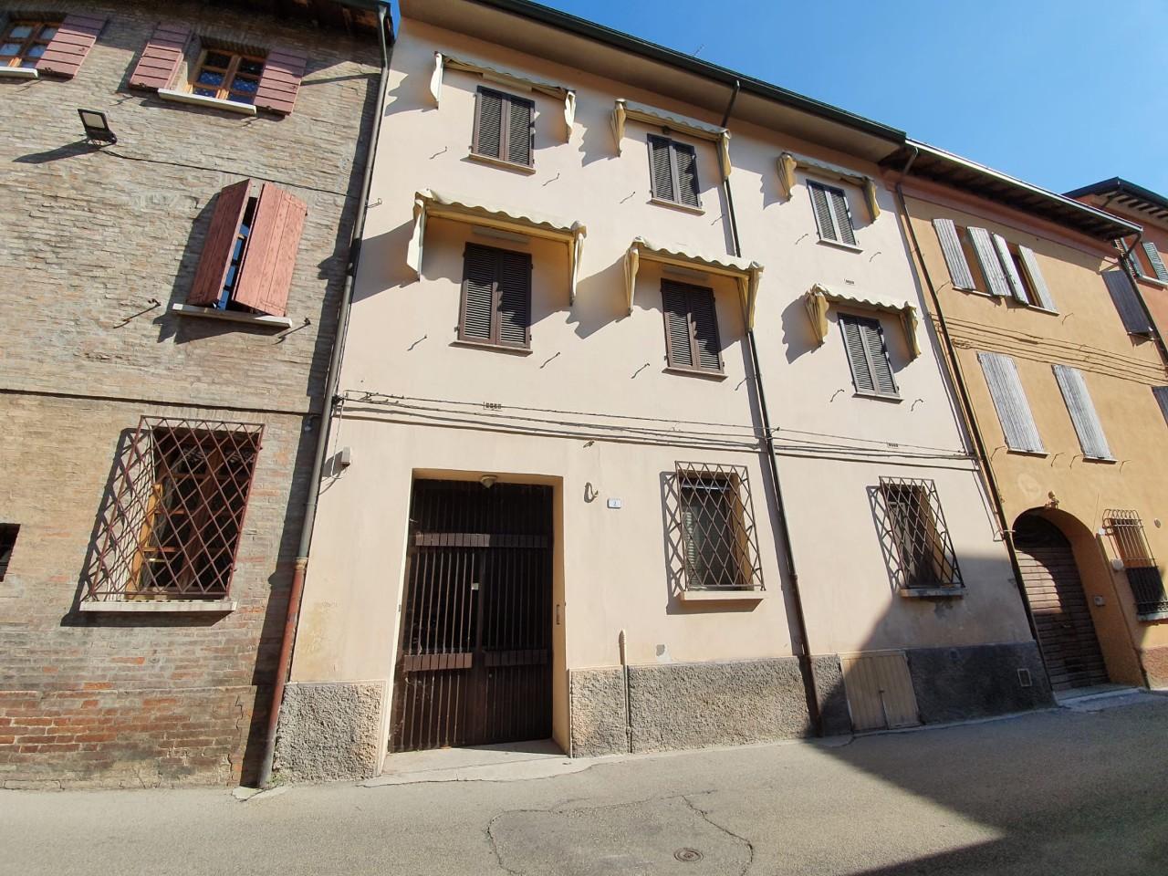 Porz. Di Casa in vendita Reggio Emilia Zona Centro storico