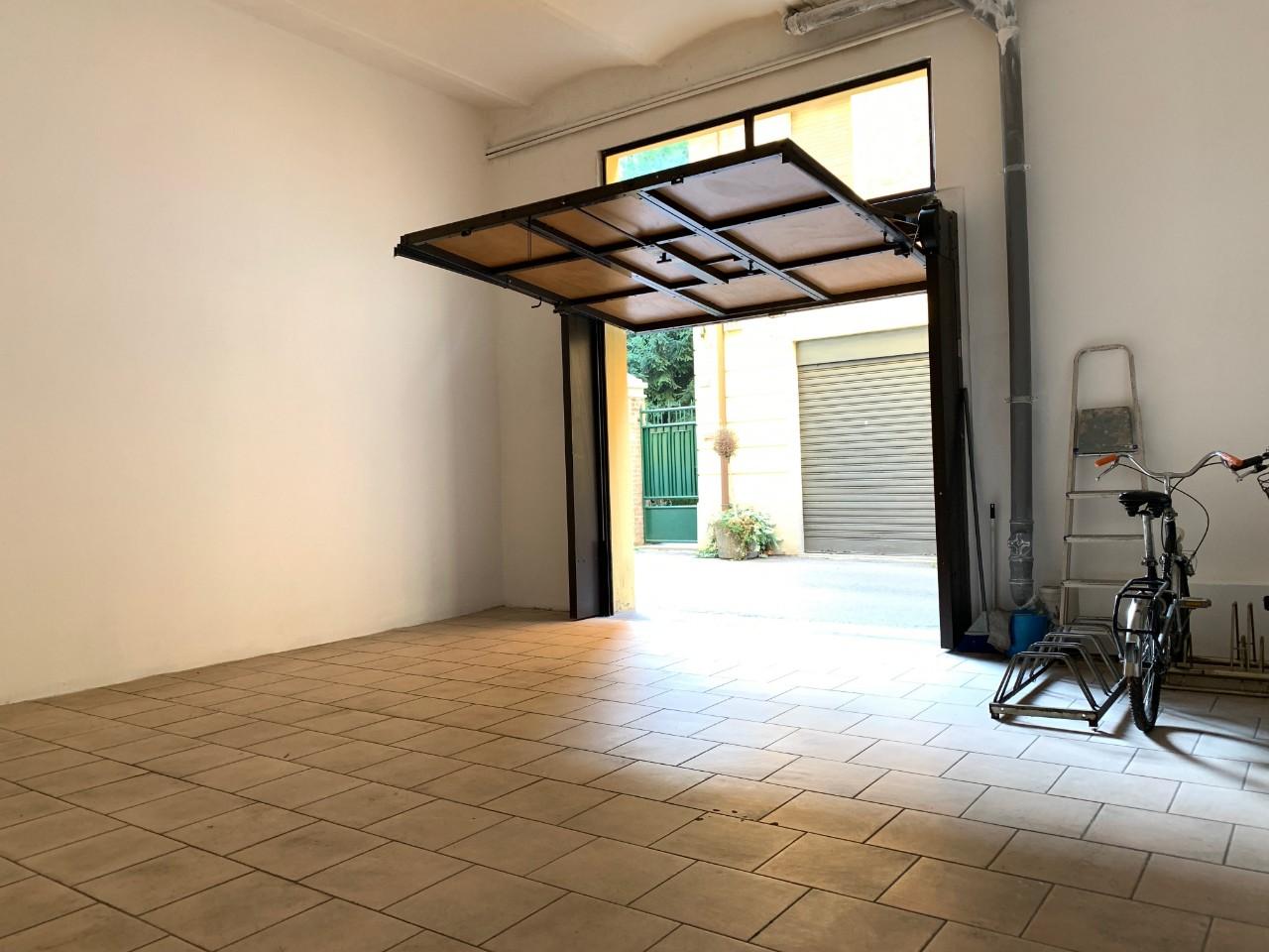 Garage in vendita Reggio Emilia Zona Centro storico