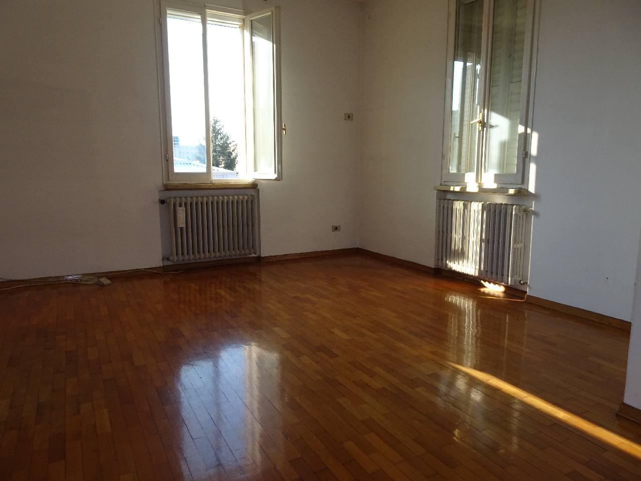 Casa Indipendente in vendita Reggio Emilia Zona Ospizio