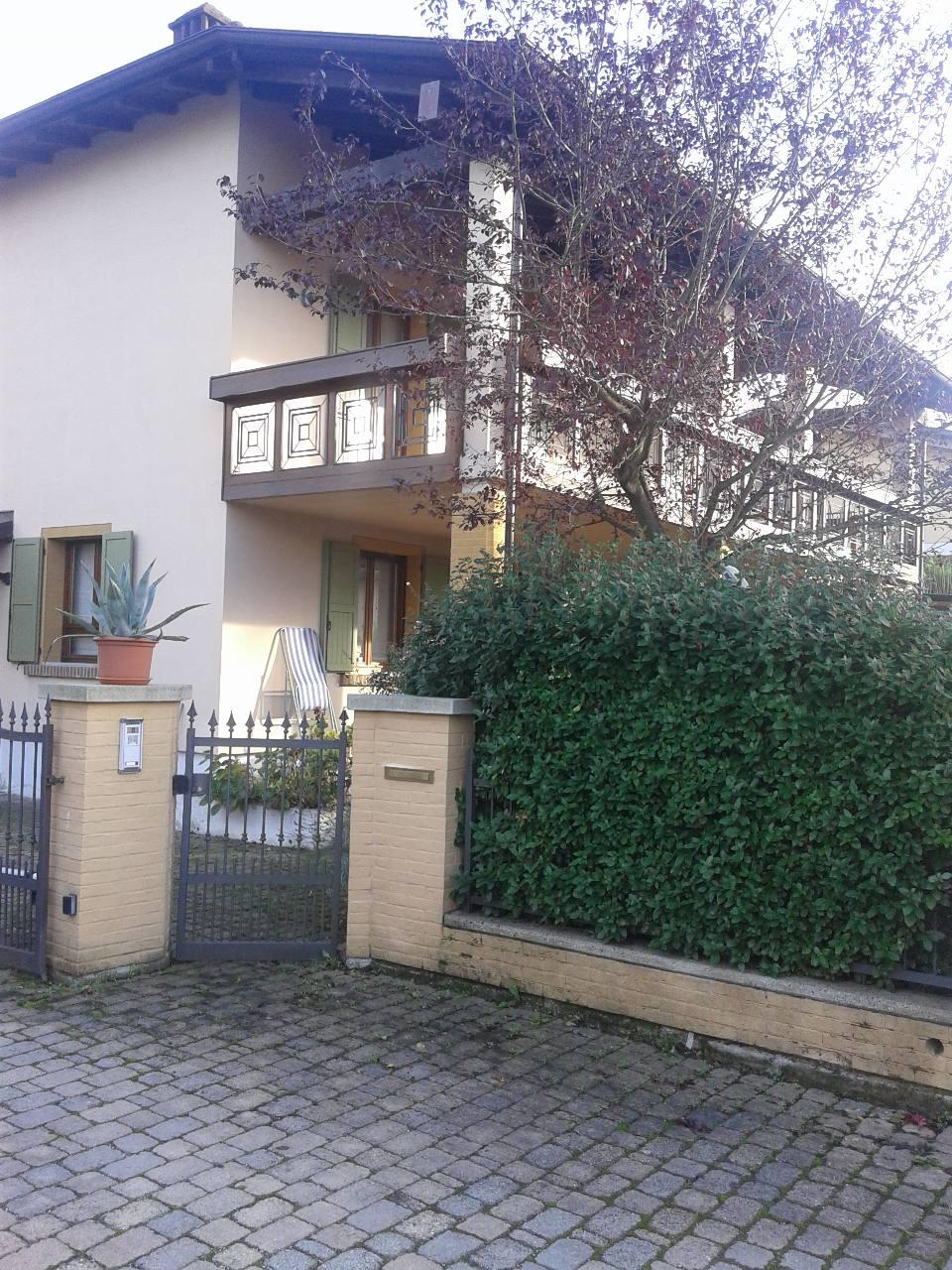 Villa Indip. in vendita Vezzano sul Crostolo