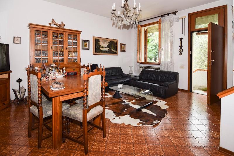 Villetta  Di Testa in vendita Reggio Emilia  -  Rivalta