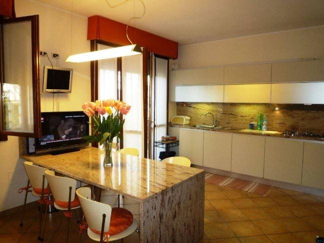 Villetta  Di Testa in vendita Modena Zona Buon Pastore