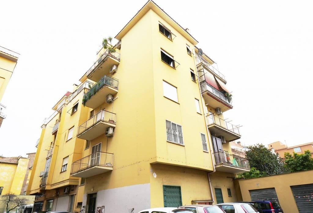 Appartamento in vendita Modena Zona Via Emilia Est